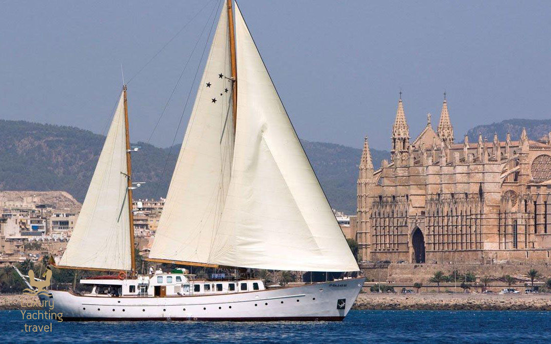 The Southern Cross 35m yacht